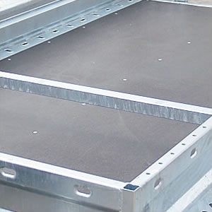 Transport belts installation openings are located both in the floor and in the sides. They ensure easier and more reliable vehicle security during the transport.